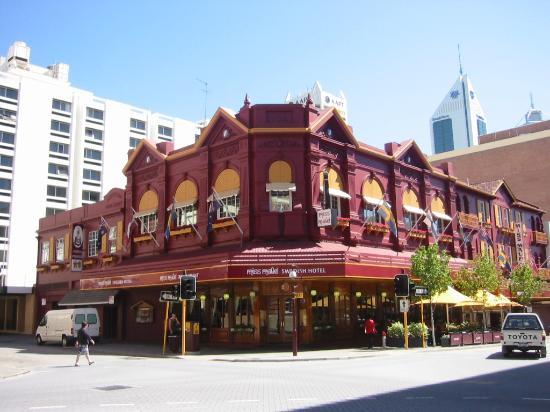The Best Hotels Near Perth Zoo Travel Places 24x7
